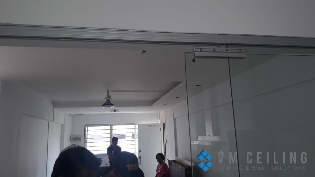 kitchen viewing glass sliding glass door vm ceiling singapore hdb yishun 1
